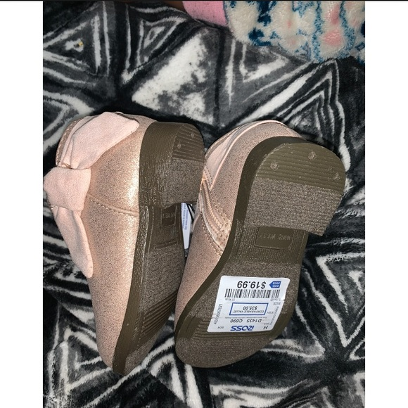 Nine West Other - Super cute toddler booties